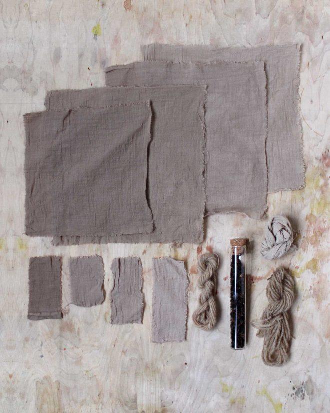 Wolle und Baumwolle mit Walnuss gefaerbt